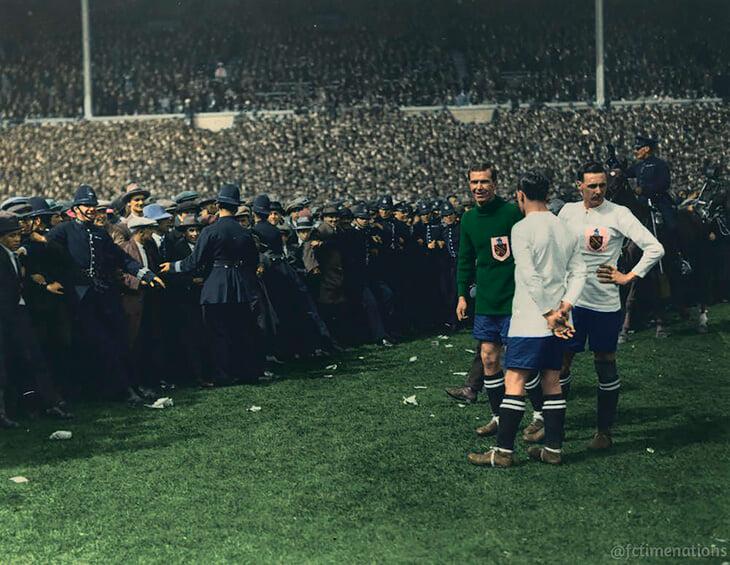 1923 г. Финалът на ФА Къп Болтън - Уест Хем.