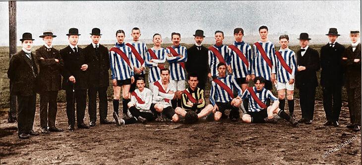 1913 г. Неочаквано, но това е Борусия Дортмунд.